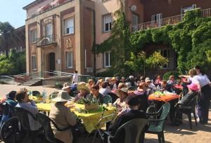 Festa de Fi d'estiu, amb families de CDia @ Als jardins    Terrassa   Catalunya   Espanya
