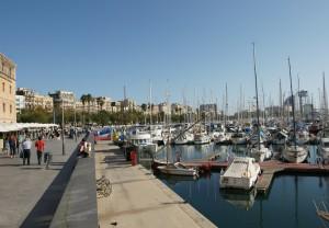 Sortida al Port Vell i Maremagnum de Barcelona @ Trobada al Menjador general   Terrassa   Catalunya   Espanya